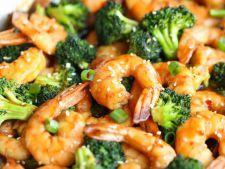 Creveti cu broccoli, o reteta rapida si usoara, pentru seri de vara