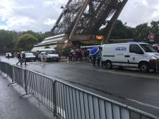 Alerta cu bomba la Paris. Turnul Eiffel, evacuat!