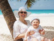 Vacanta la plaja alaturi de copii? Cum sa-i protejezi de soare