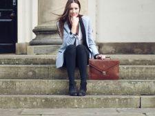 Cum te imbraci la serviciu. 5 lucruri de care trebuie sa tii cont