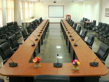 Achizitioneaza un ansamblu profesional de sisteme de conferinta si beneficiaza de mentenanta pe tot parcursul utilizarii lor
