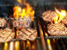 Carnea la gratar duce la aparitia cancerului! Cum sa prepari corect carnea, pentru a nu te imbolnavi