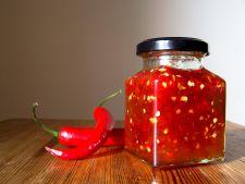Dulceata de ardei iute, savuroasa in timpul iernii si benefica pentru sanatate! Cum se prepara