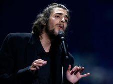 Castigatorul Eurovision 2017, pe moarte. Este conectat la aparate