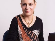 Expertul Acasa.ro, Simona Jeles, psihoterapeut