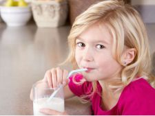 Care este cantitatea de calciu de care copiii au nevoie, in functie de varsta, si ce alimente trebuie sa consume
