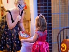 Joaca si invatare? Cum poti sa le imbini cu ajutorul costumelor de carnaval pentru copii