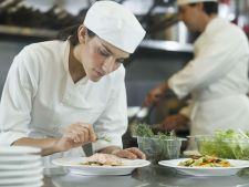 5 trucuri de gatit, de la bucatari Chefi, ce sunt dezvaluite doar la cursurile de specialitate