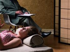 Ce fac Michelle Obama, Brad Pitt si Katy Perry la psihoterapie? De ce merg vedetele la psiholog?