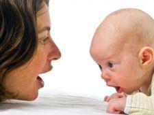 Cum stimulam creierul bebelusului? 10 sfaturi practice de la BabyNeeds.ro