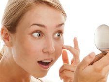 Ce trebuie sa faci daca lentilele de contact s-au miscat, indoit sau intors pe ochi