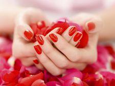 Secretul unghiilor care cresc repede si nu se rup