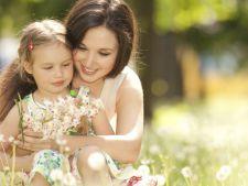 CarucioareDeCopii.ro - Te rasfata de ziua internationala a femeii – 8 martie! La multi ani tuturor femeilor si in special mamicilor!