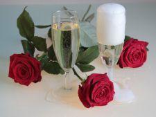 Racoreste-te cu stil in orice moment, cu noile vinuri spumante ZAREA din colectia I Love
