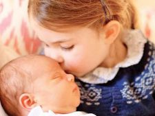 Tandrete maxima intre printesa Charlotte si bebelusul Louis.O fotografie de milioane!