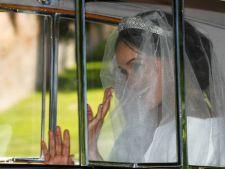 Meghan Markle a purtat doua rochii de mireasa. Iata cum a aratat tinuta sexy de la petrecere