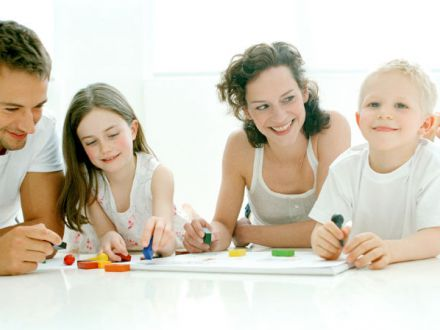 Activitati de interior pe care cei mici le vor adora