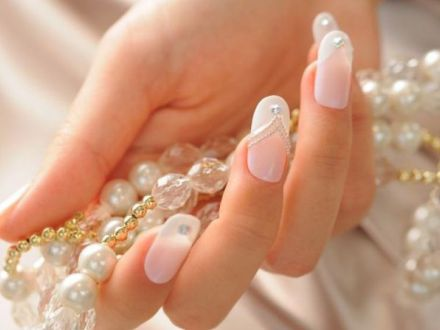 6 manichiuri perfecte pentru nunta. Iata cum poti fi in trend