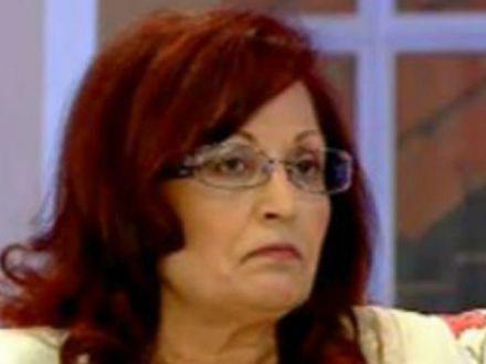 Mama lui Pepe, distrusa de durere. Plange incontinuu de cand a aflat ca fiul ei este bolnav