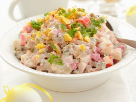 Salata ruseasca, un preparat satios, plin de vitamine