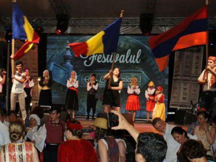 3 zile de concerte, dans si mancaruri traditionale, in Bucuresti!