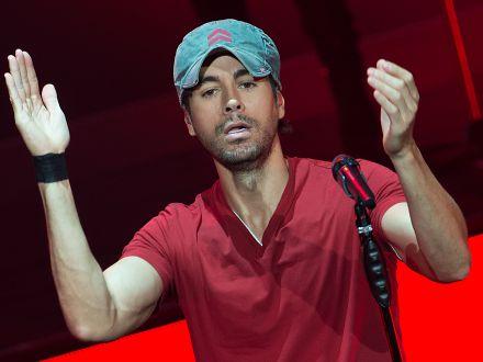 Primele imagini cu gemenii lui Enrique Iglesias
