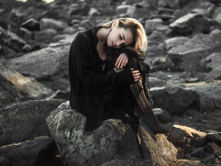 Blestemul karmei: 3 zodii urmarite de ghinion! Vor suferi enorm