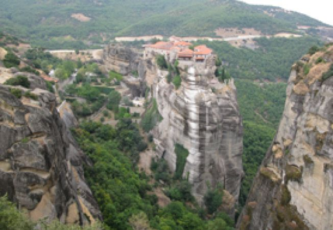manastire Meteora acasa.ro