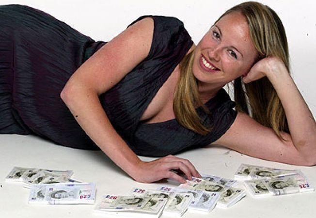 tanara cu bani