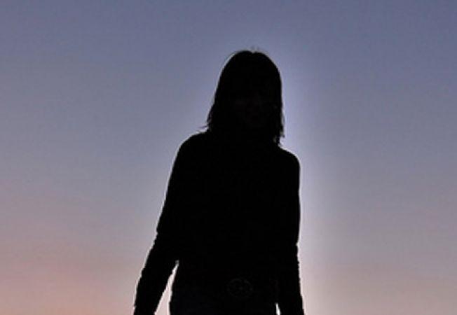 femeie singura
