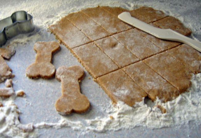 biscuiti caini