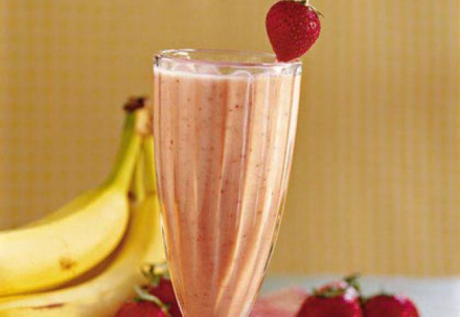 shake banane si fructe de padure