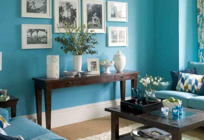 camera decorata cu albastru