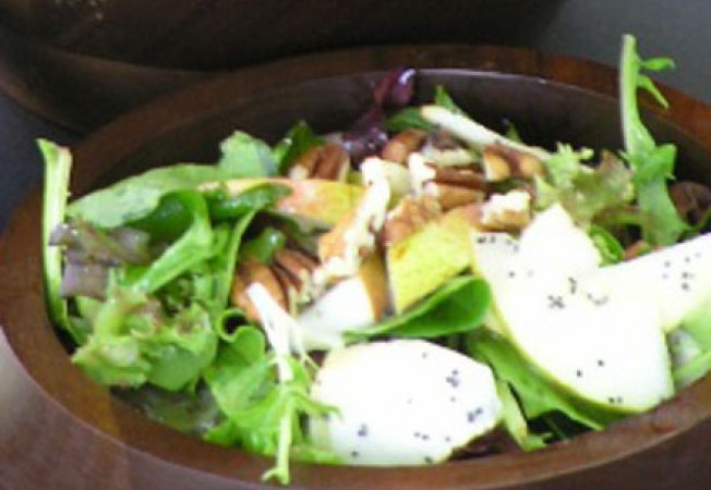salata arahide
