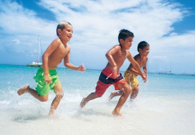 copii plaja