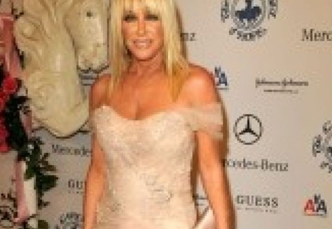 600851 0901 suzanne somers
