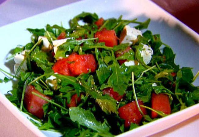 Salata de rucola cu pepene si branza