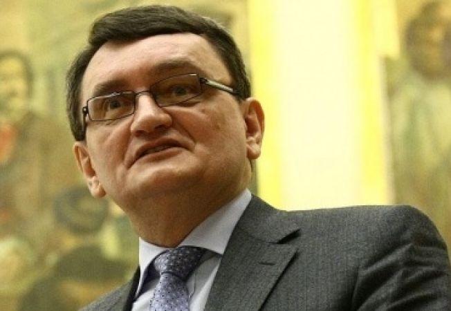 Victor Ciorbea pledeaza pentru revenirea la monarhia constitutionala