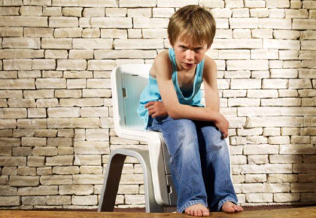Cum sa reduci comportamentul agresiv la copiii autisti
