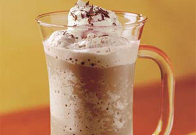 Mocha Milk Shake, o bautura cremoasa din ciocolata si inghetata