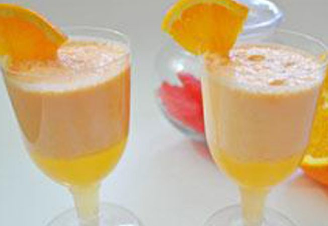 Bautura cu portocale si inghetata