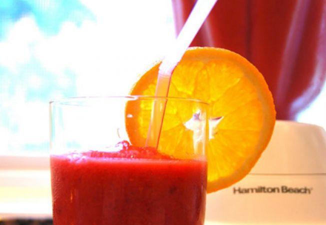 Cocktail de zmeura si portocale
