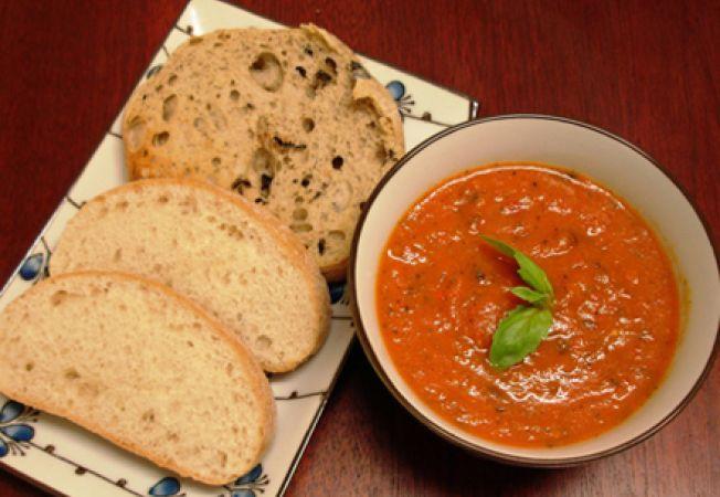 Supa de rosii cu ciabatta