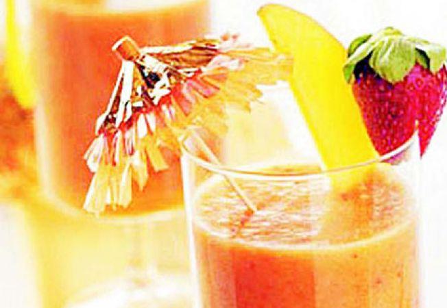 Reteta pentru copii: cocktail tropical de fructe