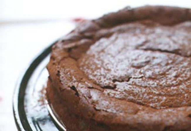 Tarta de ciocolata cu migdale