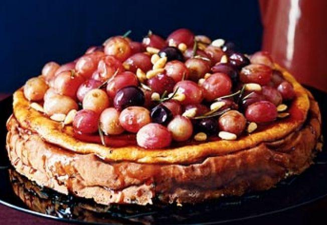 Cheesecake cu struguri in caramel de vin