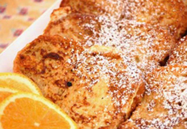 Reteta pentru mic dejun: paine prajita cu portocale