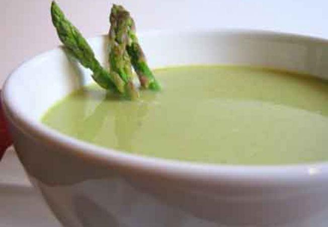 Supa crema de sparanghel si telina