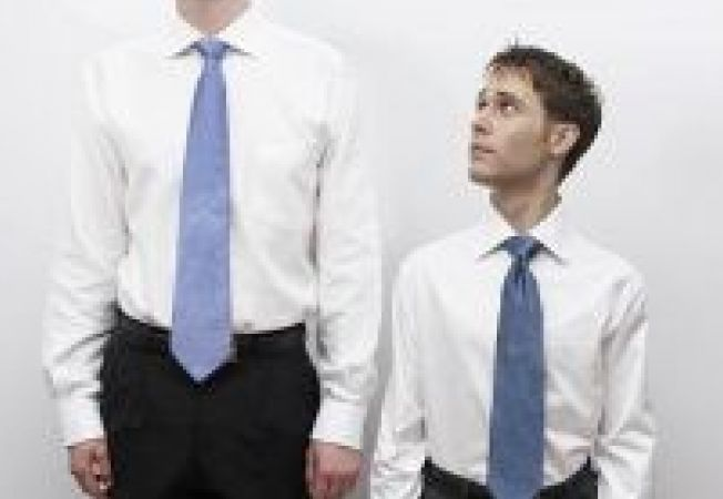 Ponturi vestimentare pentru barbatii scunzi