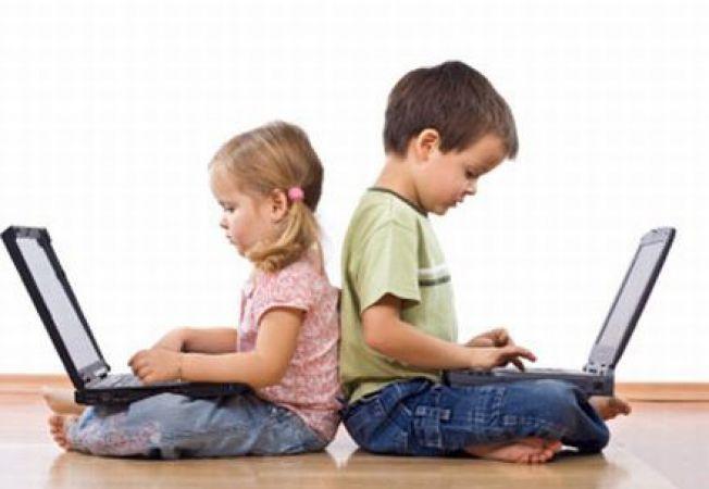 Riscuri si beneficii ale tehnologiei moderne in dezvoltarea copilului SAU Pro si contra tehnologiei